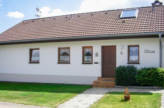 Outside Summer 1 - Main Image, Schwarzwaldhaus Titisee, Dittishausen, Schwarzwald, Baden-Württemberg, Germany