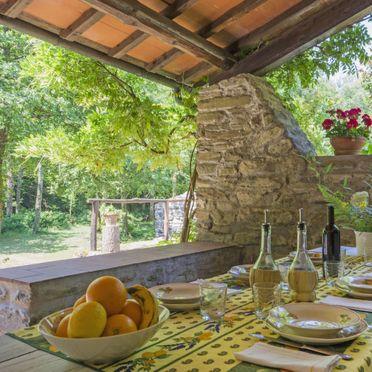 Outside Summer 2, Villa il Mulino di Cecco, Vernio, Florenz und Umgebung, Tuscany, Italy