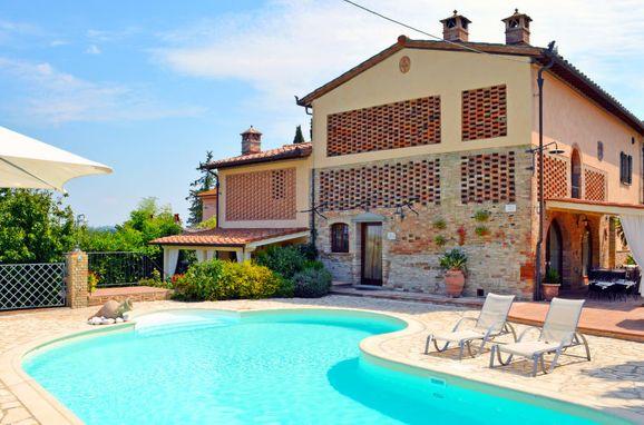 Outside Summer 1 - Main Image, Casa la Vecchia Pieve, Castelfiorentino, Toskana Chianti, Tuscany, Italy