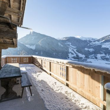 Außen Winter 24, Hütte Jörgener, Mayrhofen, Zillertal, Tirol, Österreich