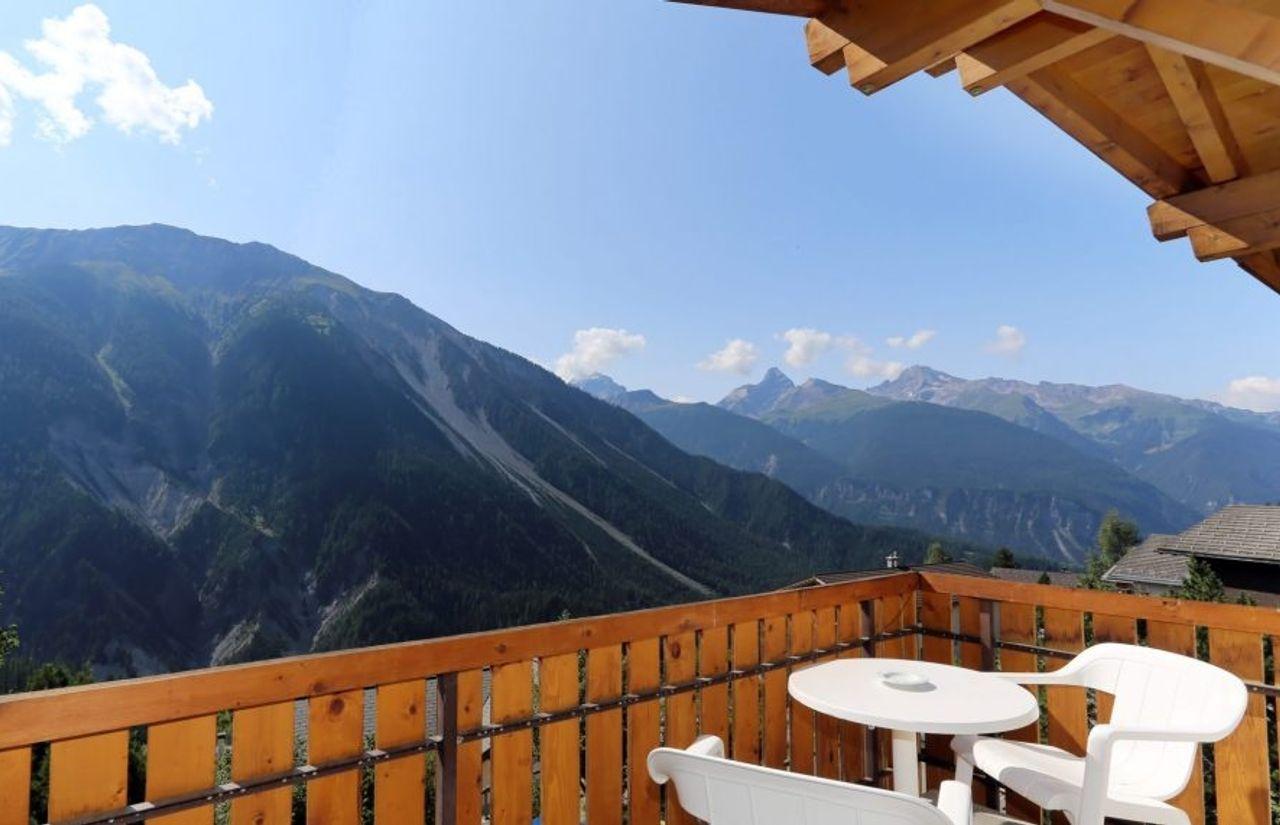 Familienhotel Aussicht Balkon im Sommer