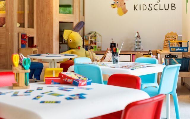 Kidsclub 1_300dpi.jpg